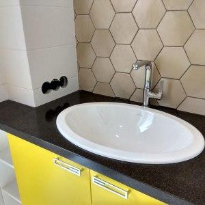 Столешница с накладными мойками для ванных комнат, камень Grandex - A 419