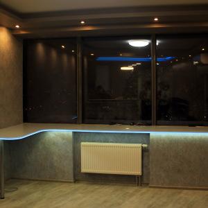 Подоконник переходящий в стол со светодиодной подсветкой, камень LG - S 303
